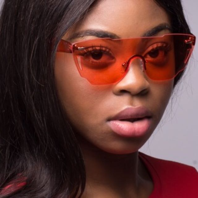 Issa Vibe Sunglasses