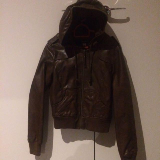 JayJays: brown pleather jacket