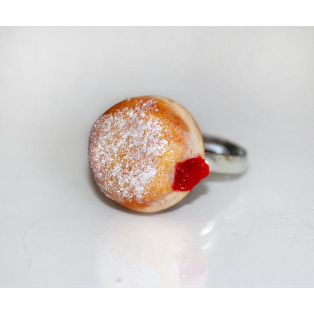Jelly Donut Ring (190)