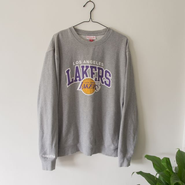 timeless design 8c0ac c68d5 LA Lakers sweater by Mitchell & Ness., Men's Fashion ...