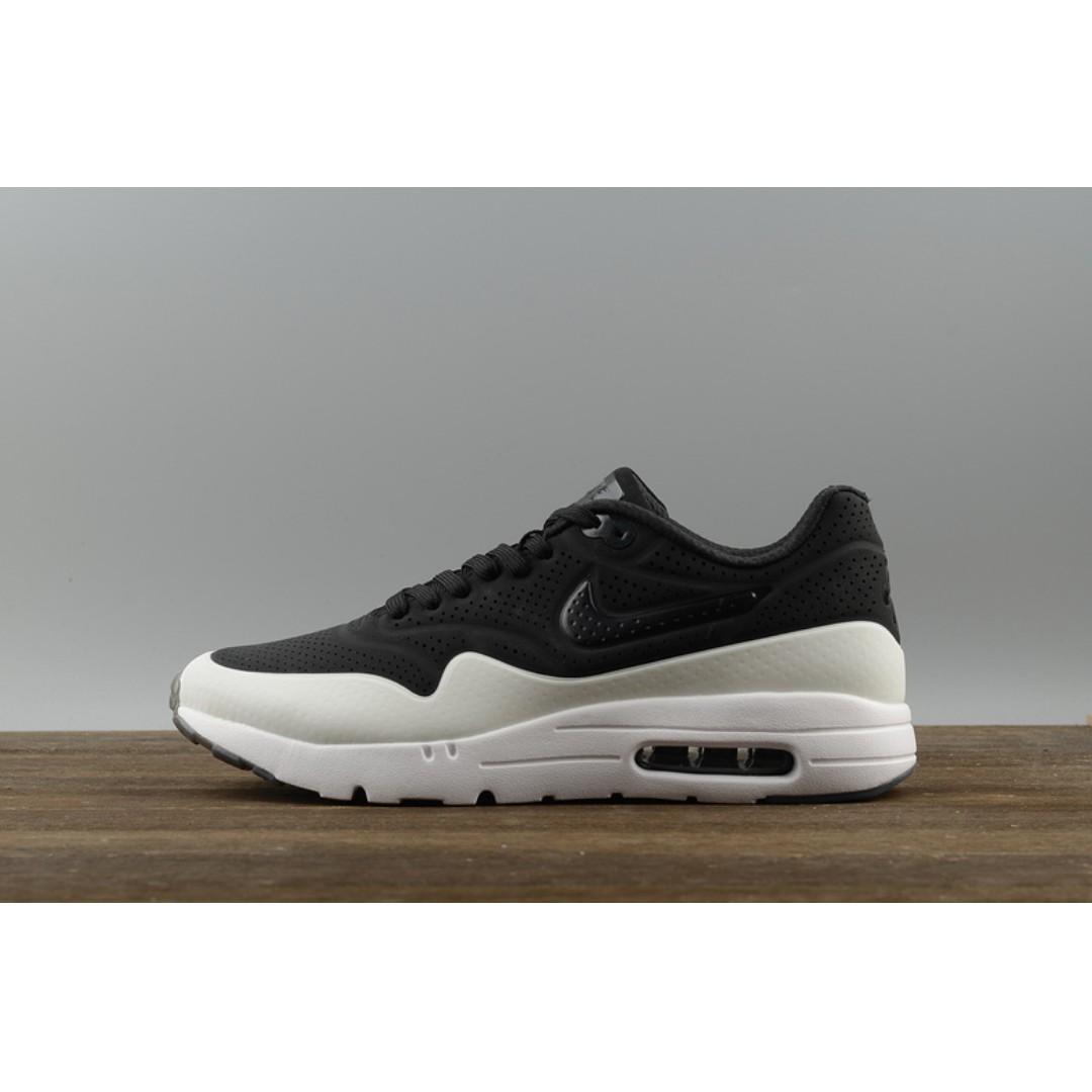separation shoes e3677 1deaf Nike AIR MAX ZERO 1 Ultra Essential