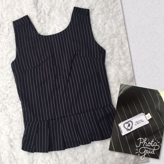 Poly Line Top