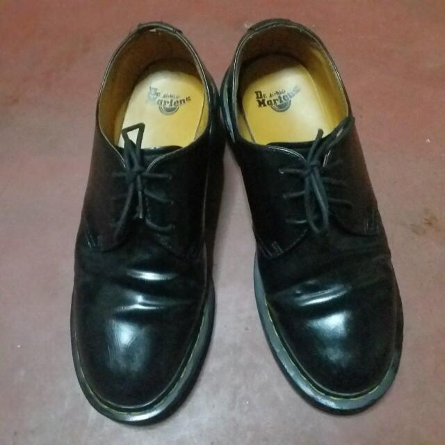 Pre-Loved Doc Martens Leather Shoes