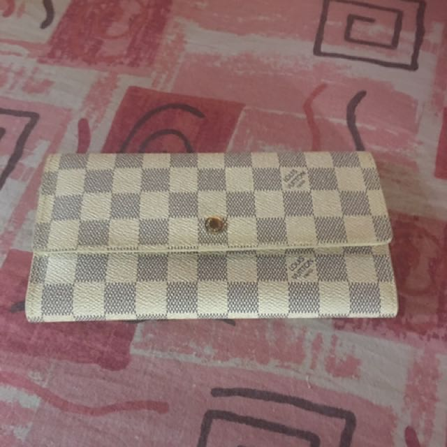 Preloved Lv Wallet