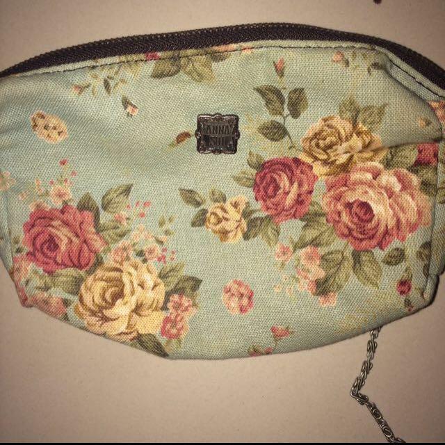 Preloved Sling Bag
