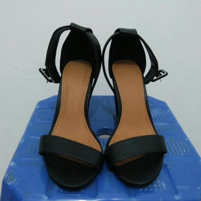 Rubi Black Strap Shoes