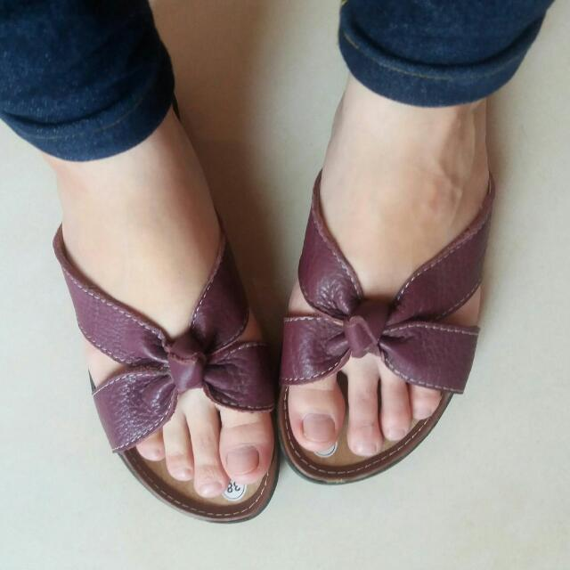 Sandal wanita (dark purple)