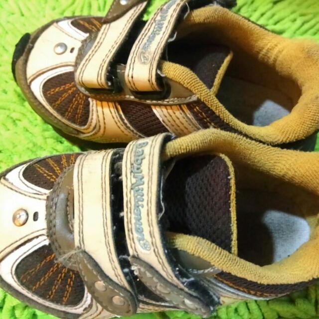 Sepatu Baby Millionaire Size 25