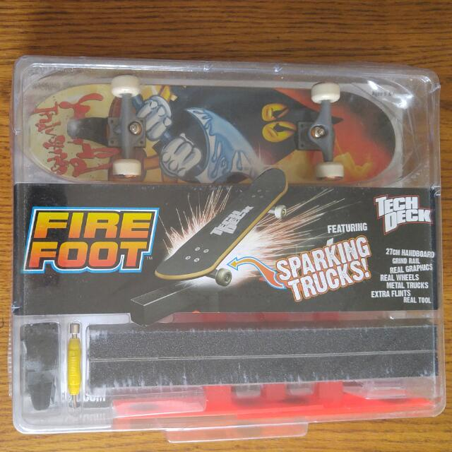 Tech Deck World Industries Fire Foot