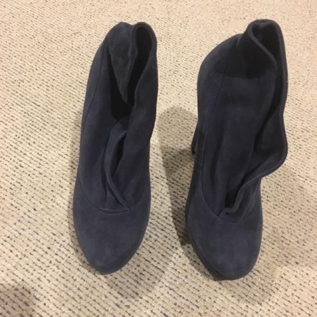 Tony Bianco Leather Heels 👠