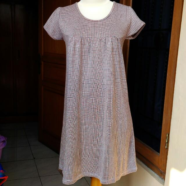 Dress Kotak2