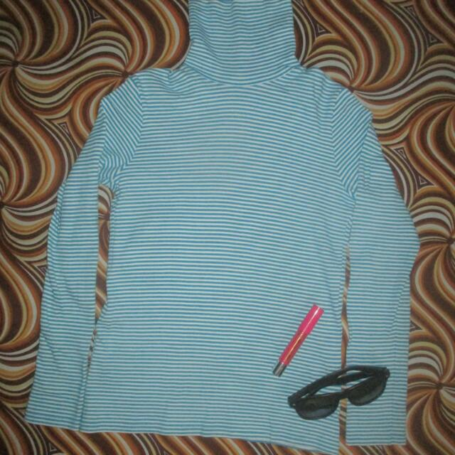 UNIQLO Blue Stripped Turtle Neck Longsleeve