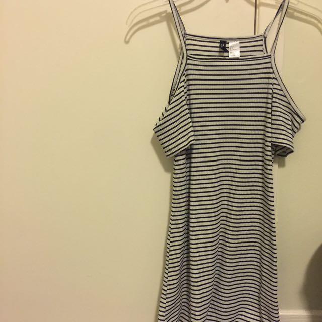 Women's XS/S Off The Shoulder Summer Dress