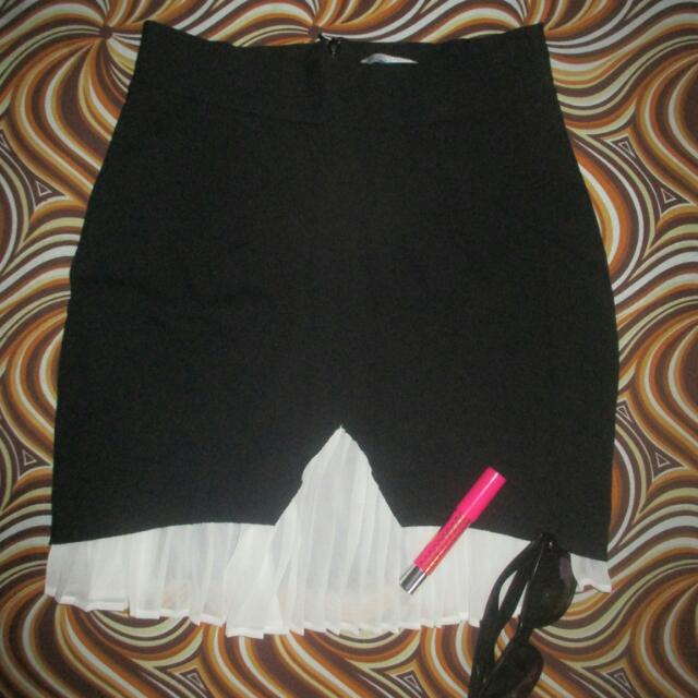 ZARA skirt (W&B Collection)