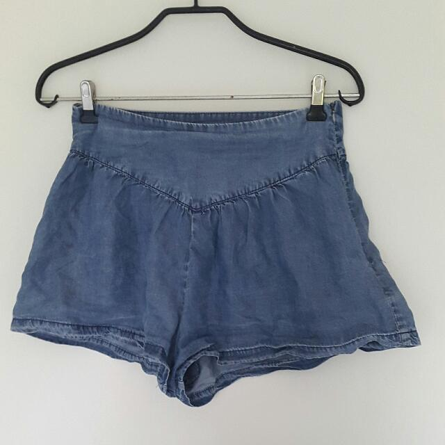 Zipped flowy Shorts