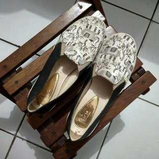 Sepatu Slip On Luino