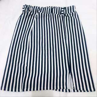 Pencil Skirt (Fitted)