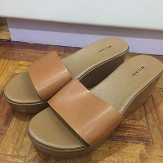 Brown shoes size 38