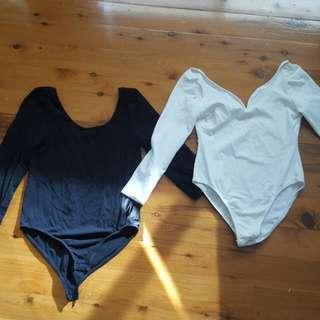 2 X Long Sleeve Bodysuits