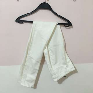 H&M White High Waist Jeans