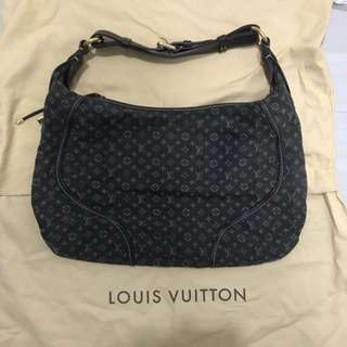 Louis Vuitton MANON MM