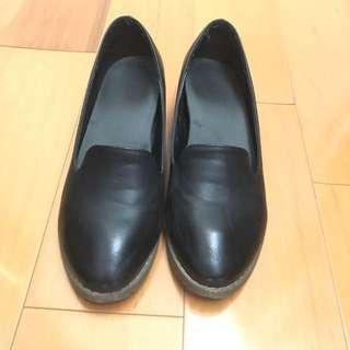 韓版低跟古著皮鞋