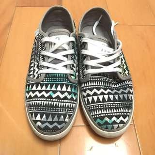 DC民俗風花紋帆布鞋