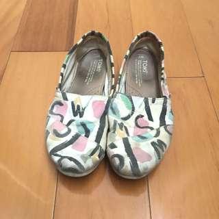 Toms繽紛鞋子