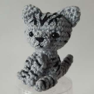 American Shorthair Cat Crochet - Japanese Amigurumi Grey Kitten With Black Stripes - Crocheted Cat Plush Toy With Silver Keyring And Lobster Clasp