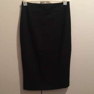 CUE - Workwear - Black Pencil Skirt Size 8