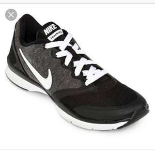 Repriced!!! 2k only!! Nike training fitness shoes