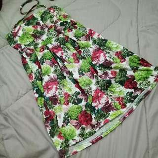 Floral padded Halter Dress with Pockets!
