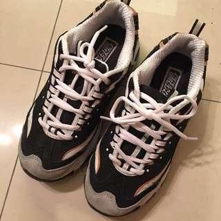 Skechers斑馬鞋