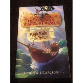 The Very Nearly Honorable League Of Pirates by Caroline Carlson (Paperback)