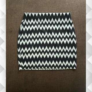H&M Zigzag Skirt