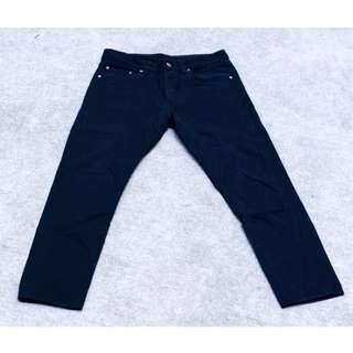 H&M Tapered 高磅數 黑牛仔長褲#交易最划算