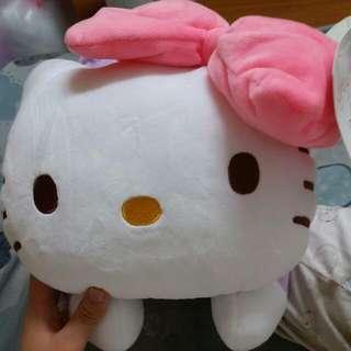 三麗鷗 Hello Kitty 枕頭 抱枕 面紙套