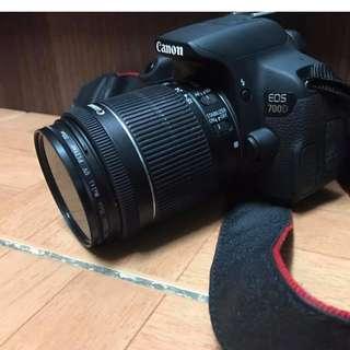 Canon 700D (body + lens)
