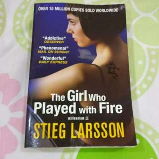 2 x STEIG LARSSON Novel : The Girl Who Played with Fire & The Girl with the Dragon Tattoo
