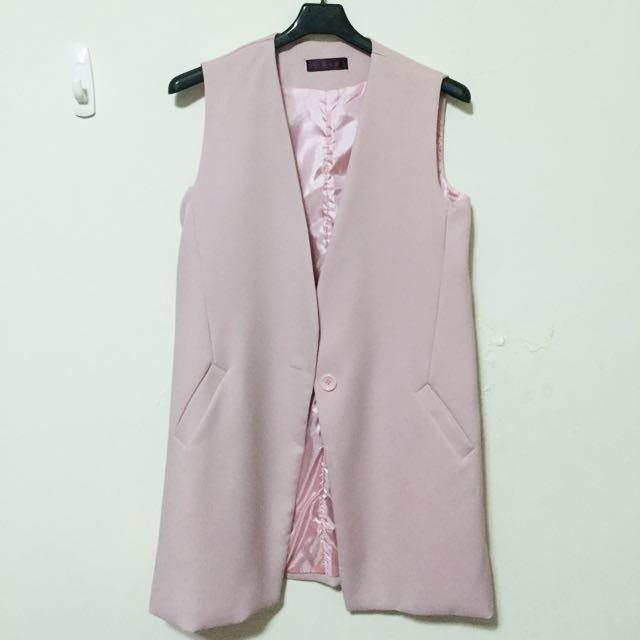 粉嫩背心西裝外套