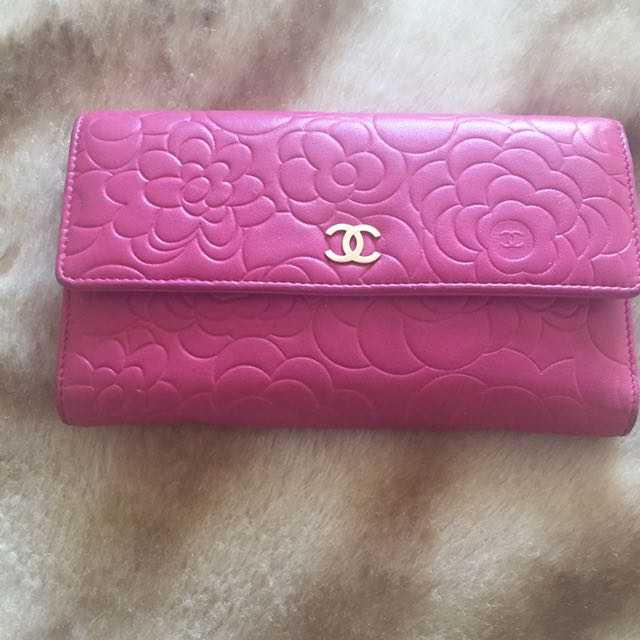 Authentic! Chanel Camellia Large Envelope Wallet
