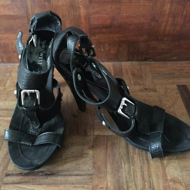 Authentic Nine West Sandals Size 7 1/2