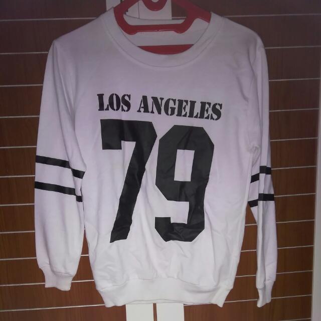 Baju Sweater Los Angeles