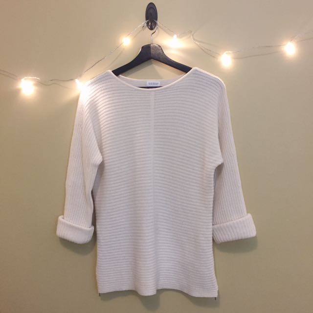 Club Monaco Cashmere White Sweater