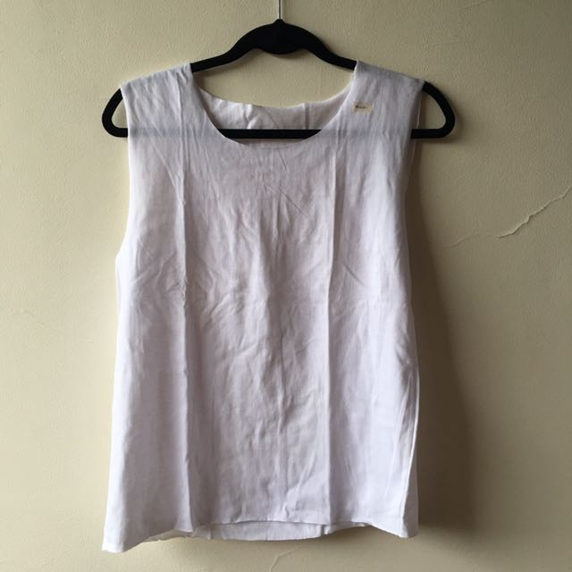 Back Cross Cut-Out Muscle Tee