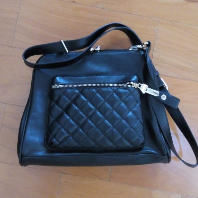 Elizabeth Hand Bag