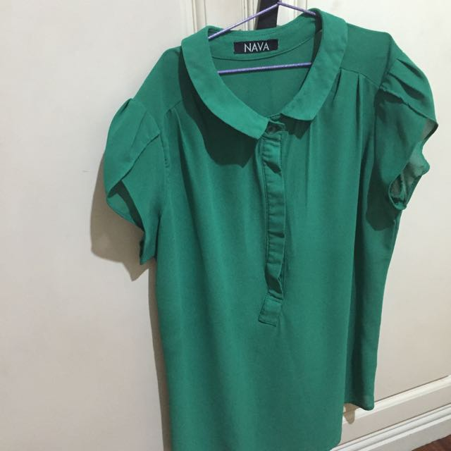 Green Collared Top