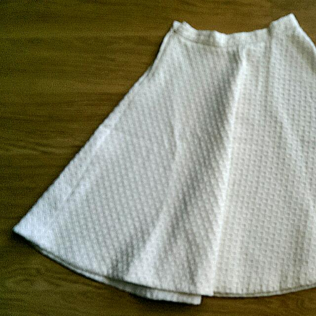 H&M White Midi Skirt (Sz Euro 36)