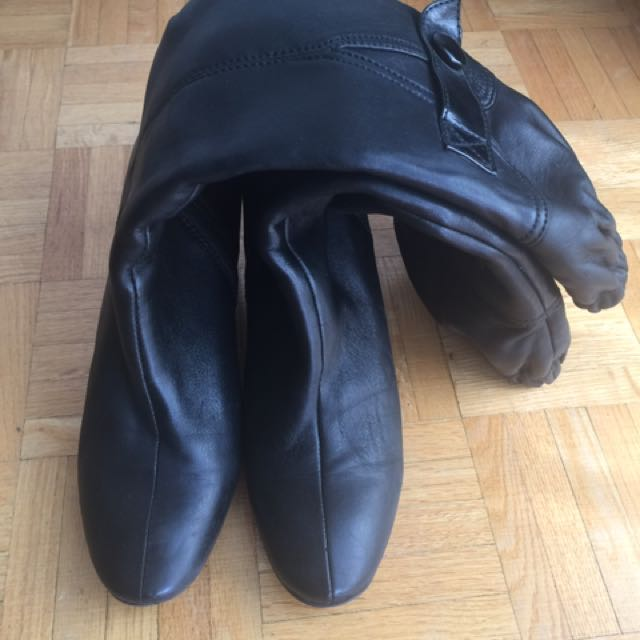 Italian Leather Boots - Size 9