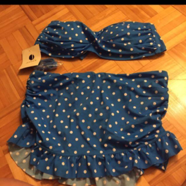 Jessica 2 Piece Swimsuit  (small To Medium Size)